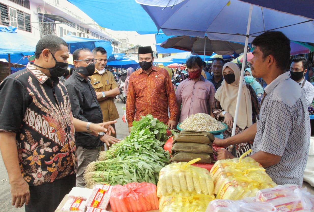Komisi II DPRK Banda Aceh Cek Harga Barang di Pasar Jelang Ramadhan