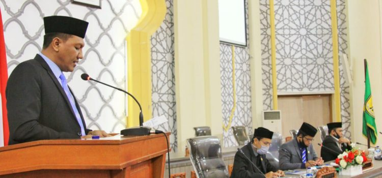 Komisi IV Sampaikan Jawaban terhadap Pandangan Fraksi Dewan tentang Raqan Penyelenggaraan Pembangunan Ketahanan Keluarga