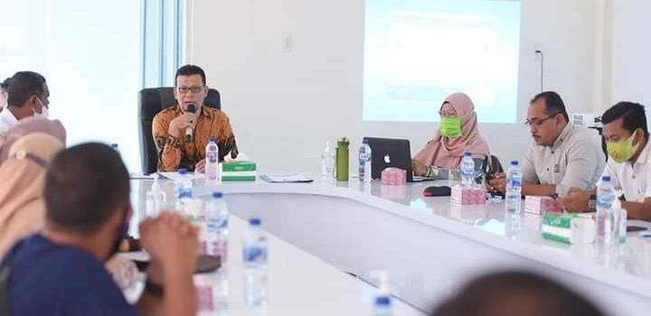 Ketua Komisi I Sampaikan Teknik Penyusunan Reusam Gampong untuk Aparatur Gampong Ilie