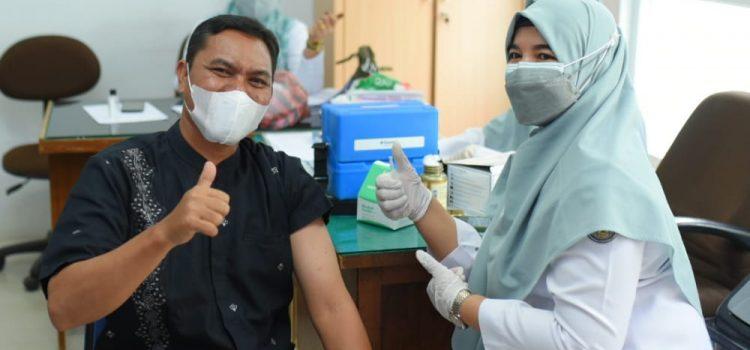 Wakil Ketua DPRK Ajak Masyarakat Lakukan Vaksinasi untuk Kurangi Resiko Penularan Covid-19