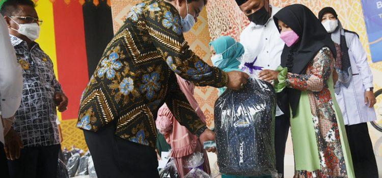 [FOTO]: Wakil Ketua DPRK Hadiri Peluncuran Vaksinasi Massal di Taman Bustanussalatin