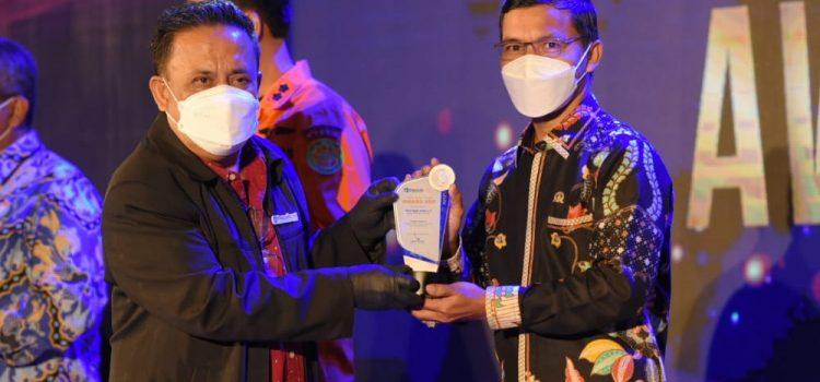 Ketua DPRK Terima The Aceh Post Awards sebagai Politikus Tanggap Urusan Sosial
